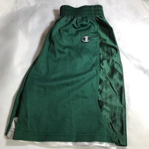 "NWOT YOUTH MEDIUM BASKETBALL 9"" MESH SHORTS"